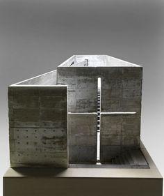 model architecture; Tadao Ando (1941 - ) Maquette 1987 - 1989 Béton 95,5 x 223 x 101,5 cm Poids 200-300kg