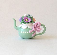 Miniature Pretty Flower Topped Teapot OOAK by C by ArtisticSpirit. Cute Polymer Clay, Cute Clay, Polymer Clay Miniatures, Polymer Clay Crafts, Polymer Clay Jewelry, Cactus Ceramic, Clay Fairy House, Jar Art, Clay Flowers