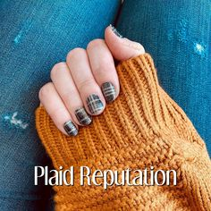 Plaid Reputation is one of my favorite sets.... a little glitter, a lot of pattern, and a neutral color. Plaid is always a go to! #nails #colorstreet #manicure #plaid #styleinspiration #momlife Nail Color Combos, Nail Colors, Color Street Nails, Neutral Colors, Pretty Nails, All The Colors, Arm Warmers, Free Gifts, Stitch Fix