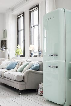 This fridge is perfect for a pastel interior !