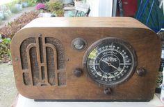 Aircastle Model 14-136 Table Radio | eBay