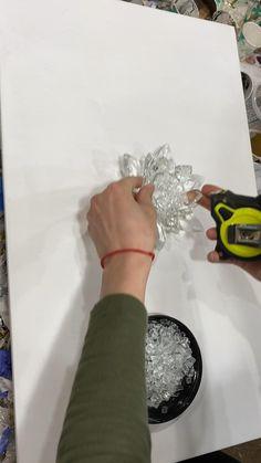 Resin Wall Art, Diy Resin Art, Diy Resin Crafts, Diy Wall Art, Diy Resin Projects, Diy Crafts For Home Decor, Acrylic Pouring Art, Diy Canvas Art, Resin Jewelry