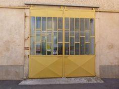 Vieille porte de garage