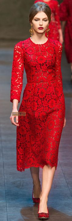 I didn't even know who made this dress when I first saw it, wanted it, and of course saw who it was made by. Expensive taste, you are a curse- Dolce & Gabanna Fall Winter 2013-14