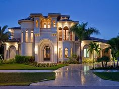 Mediterranean Luxury, Marco Island, Florida...I have a friend who lives there. No, not in this house, but on the island.♠ re-pinned by http://www.waterfront-properties.com/