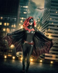 """The CW just released the first photo of Ruby Rose as Batwoman. Ruby Rose will play Batwoman in an upcoming """"Arrow"""" crossover before the premiere of the """"Batwoman"""" series in The Cw, Gotham City, Stephen Amell, Live Action, Marvel Dc, Captain Marvel, Marvel Comics, Tv Movie, Super Girls"""