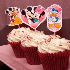More Disney printables for Valentine's Day: stickers, activity sheets, cupcake toppers, cards, and more!