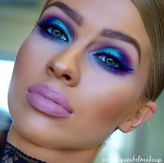 Instagram | @moniqueabelmakeup  * Eyeshadow | Morphe Brushes 35U & 35P palettes  * Eyeliner | Laura Mercier cobalt blue  * Cheeks | Morphe Brushes contour kit