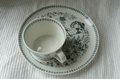 Arabia Finland Emilia Dessert Plate & Cup R. Coffee Cup Set, White Dishes, Perfect Cup, Kitchen Interior, Furnitures, Cup And Saucer, Finland, Tea Time, Tea Cups