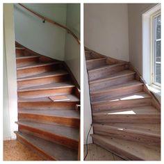 Nu är den klar!! det har även blivit ett bredare fönster #trappa #trätrappa #fernissad