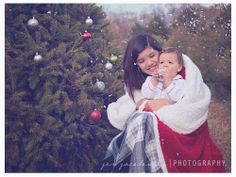 Sibling Christmas Photoshoot | Richmond,VA Children's Photographer - Christmas Tree Farm