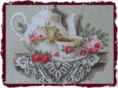 Купить Вышитая картина Чайное соло - оливковый, картина для кухни, вышивка, Вышивка крестом