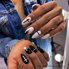 Goth Nails, Edgy Nails, Grunge Nails, Stylish Nails, Swag Nails, Edgy Nail Art, Simple Acrylic Nails, Pink Acrylic Nails, Milky Nails