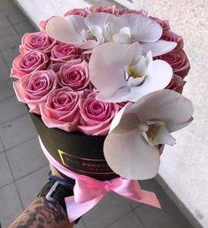 """75 Likes, 1 Comments - The Prestige Roses Switzerland (@theprestigerosesswitzerland) on Instagram: """"Wunderschöne morgen euch☀️ Wir starten mit einer ausgezeichneten Rosebox✨ Bestellung:…"""""""