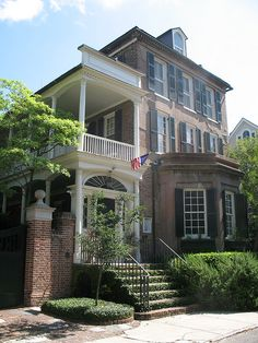 70 Tradd Street, Charleston, SC c. 1774 - love the entrance to the veranda