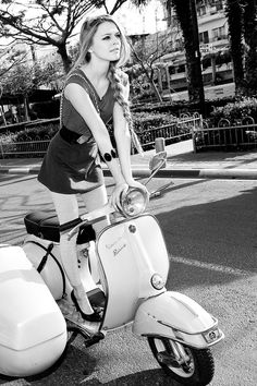 sexy scoot girl