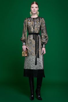http://www.vogue.com/fashion-shows/pre-fall-2017/andrew-gn/slideshow/collection