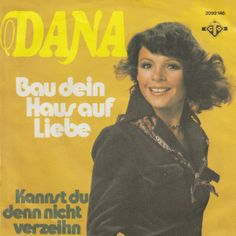 """Bau dein Haus aug Liebe"" er en tysk coverversion af ""This House Runs On Sunshine"". Det er en sang fra A song for Europe 1975. Versionen synges af Dana, der vandt det internationale Grand Prix i 1970.  #UK #ASongForEurope"