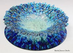 Mada Glasdcar Studio Clear Waters fused glass bowl made from recycled tempered glass. On the reverse side, it is stained with alcohol ink and sealed. Fused Glass Plates, Fused Glass Jewelry, Fused Glass Art, Mosaic Glass, Glass Bowls, Glass Fusion Ideas, Recycled Glass, Glass Design, Glass Ornaments