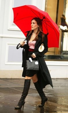 Carrie Bradshaw Bustier Betsey Johnson e cappotto Lanvin