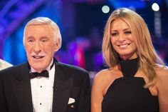 Carson's desperate to play Downton Abbey's Santa...: Carson's desperate to play Downton Abbey's Santa #BruceForsyth… #BruceForsyth