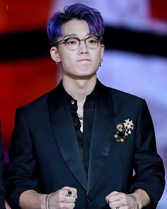 Bobby Kpop, Ikon Kpop, Ikon Wallpaper, Ikon Debut, Yg Entertainment, Korean Beauty, True Beauty, K Idols, South Korean Boy Band