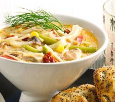 Itämainen Rakettispagetti lohikeitto Potato Salad, Potatoes, Pasta, Chicken, Meat, Ethnic Recipes, Food, Potato, Essen
