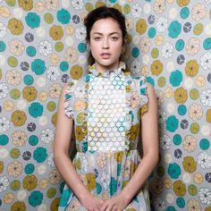 Lovely dress by Twenty-seven Names (via Miss Moss) Textile Prints, Textile Design, Textiles, Design Art, Kanye West, Miss Moss, Pattern Fashion, Passion For Fashion, The Twenties