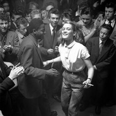 Dancing at the Storyville club Copenhagen 1957 by Helmer Lund Hansen, I posted b… – Dance Archive Retro Mode, Mode Vintage, 50s Vintage, Shall We Dance, Lets Dance, Lund, Vintage Photographs, Vintage Photos, Lindy Hop