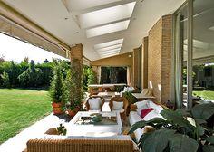 Ambassador. Agencia Inmobiliaria. Madrid. Venta de casas, pisos y chalets de lujo.