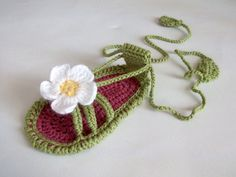 adorable-beautiful-Crochet-Baby-Sandals-7.jpg (570×428)