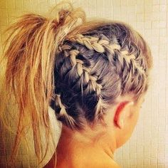 Always Dolled Up: Hair Inspiration: 52 Ways to Work That Updo  http://www.alwaysdolledup.com/2013/10/hair-inspiration-53-ways-to-work-that.html