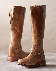 Shop the best in women's boots and booties at Garnet Hill. Our stylish women's boots for spring include booties and ankle boots in Italian leather and suede. Moto Boots, Leather Boots, Riding Boots, Tall Boots, Shoe Boots, Shoe Bag, Women's Shoes, Cute Shoes, Me Too Shoes