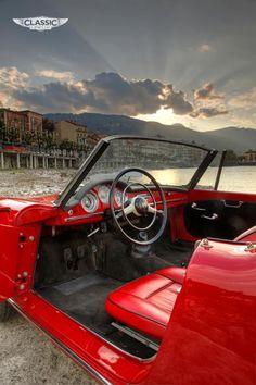 Alfa Romeo Giulietta: Living La Dolce Vita | Classic and Sports Car