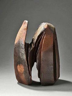 The basic pottery form, created on a spinning wheel, is a statement of simplicity. Pottery Sculpture, Wood Sculpture, Bronze Sculpture, Pottery Art, Metal Sculptures, Pottery Ideas, Modern Sculpture, Abstract Sculpture, Ceramic Clay