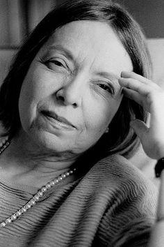 'Só envelhece quem vive.' Nélida Piñon