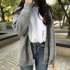 Korean Fashion – How to Dress up Korean Style – Designer Fashion Tips Korean Girl Fashion, Korean Fashion Trends, Korean Street Fashion, Ulzzang Fashion, Asian Fashion, Look Fashion, Fashion Styles, 70s Fashion, Korean Spring Fashion