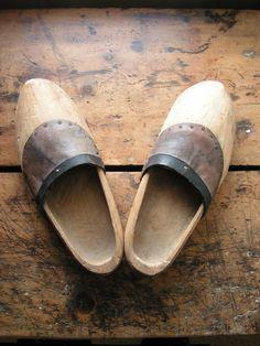 Vintage Men's Wooden Shoes or Clogs - we hebben ze nu in sleutelhanger uitvoering