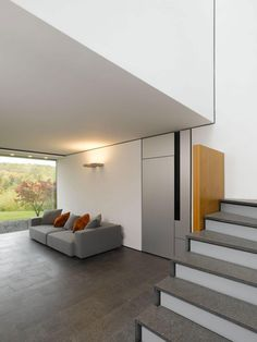 Image 13 of 19 from gallery of House B-Wald / Alexander Brenner. Photograph by Alexander Brenner Minimalist House Design, Minimalist Home Decor, Modern Interior, Interior And Exterior, Interior Design, Portfolio Design, Architecture Details, Interior Architecture, Modern Stairs