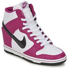 Nike - DUNK SKY HI