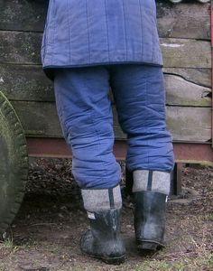 Felt Boots, Cotton Quilts, Sport, Pants, Men, Jackets, Fashion, Welly Boots, Antique Cars