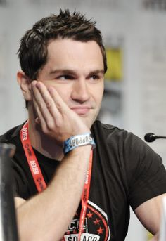 Sam witwer Cutest vampire ever, and handsome!