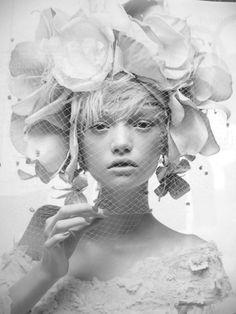 Gemma Ward by Patrick Demarchelier. 2004.
