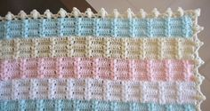 This is a really interesting blanket stitch. More pics and the edge pattern chart at THIS Russian blog.