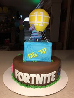 Fortnite Cake created by Cool Cakes (North Port FL) 10 Birthday Cake, 11th Birthday, Birthday Parties, Birthday Ideas, Cake Cookies, Cupcake Cakes, Cupcake Ideas, Cupcakes, Sweets