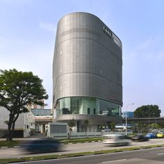 Audi's new stylish flagship store in Singapore - http://www.adelto.co.uk/audis-new-stylish-flagship-store-in-singapore
