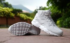 Wholesale Classic NIke Huarache High Top Leather Cushion Running Sports Shoes All White, Men's NIke Huarache Shockproof Jogging Fitness Training Shoes , Wear-resistant Basketball Shoes , Outdoor Non-slip Casual Travel Sneaker Nike Huarache High Top, Running Sports, Basketball Sneakers, Classic Man, All White, Training Shoes, Sports Shoes, Huaraches, Jogging
