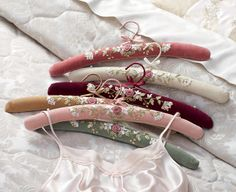 Tutorial: How to make a padded hanger.  I need SO MANY of these but they are so expensive!