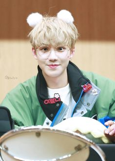 #LimYoungmin - MATCH UP Fansign - 180128 Cre: on pic