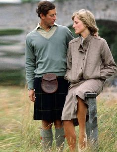Diana, Princess of Wales wears a suit designed by Bill Pashley during her honeymoon at Balmoral, August 1981 | ELLE UK